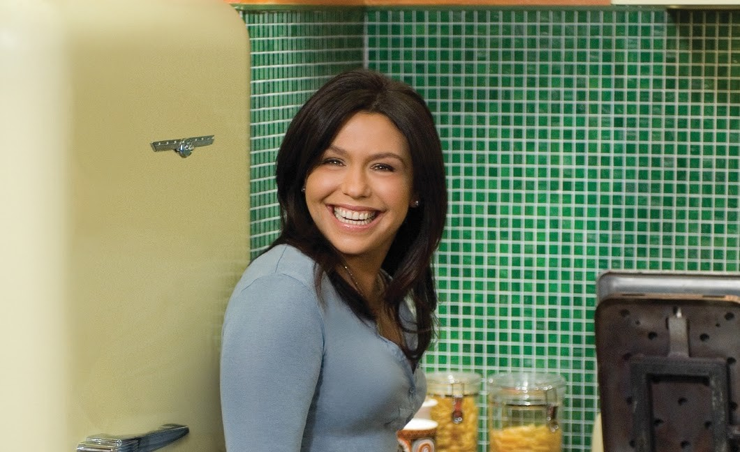 In this installment of 30 Minute Meals, Rachael Ray shows us one of the easiest appetizers that literally anyone can make.